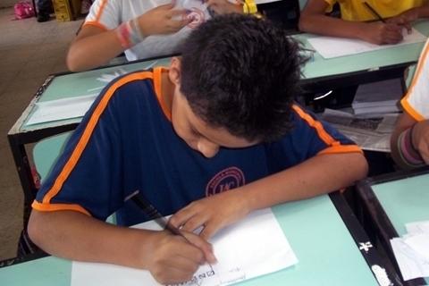 Conhecendo o regimento escolar: direitos e deveres