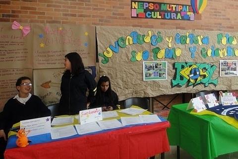 Juventude y culturas polos São Paulo, Pernambuco y Colombia